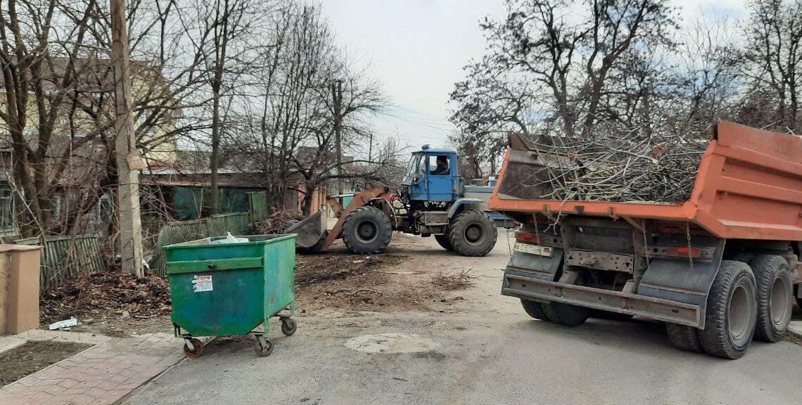 В Куйбышевском районе продолжаются работы по благоустройству