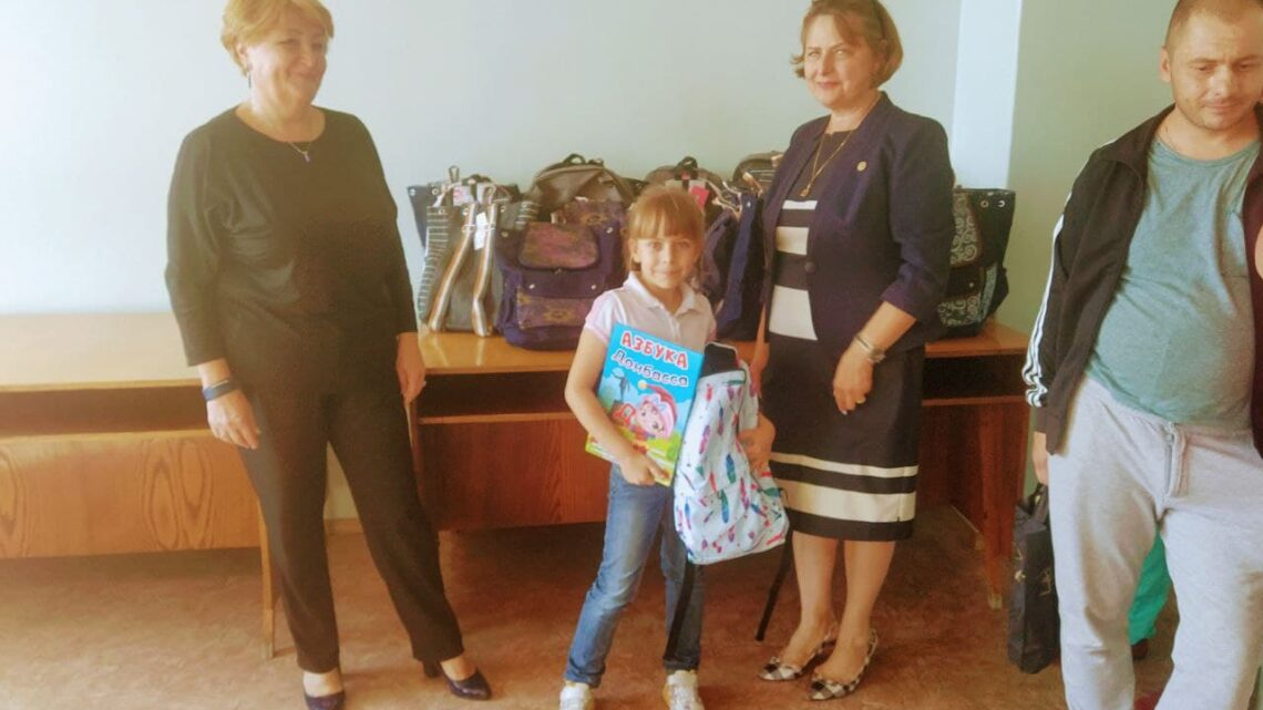 В Куйбышевском районе прошло вручение школьных наборов детям-первоклассникам из многодетных семей.